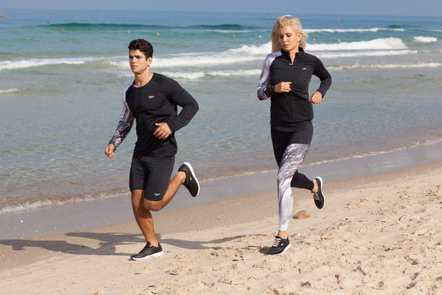 מגזין אופנה. Speedo. אשה-עליונית: 229.90 שקל, מכנסיים: 199.90 שקל. גבר- חולצה: 229.90 שקל, מכנסיים 199.90 שקל. צילום: מרינה מושקוביץ