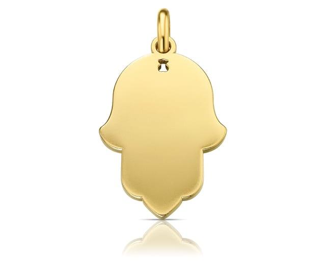 בצילום: TOUS. תליון חמסה זהב. 710 שקל. צילום: יח״צ חו״ל