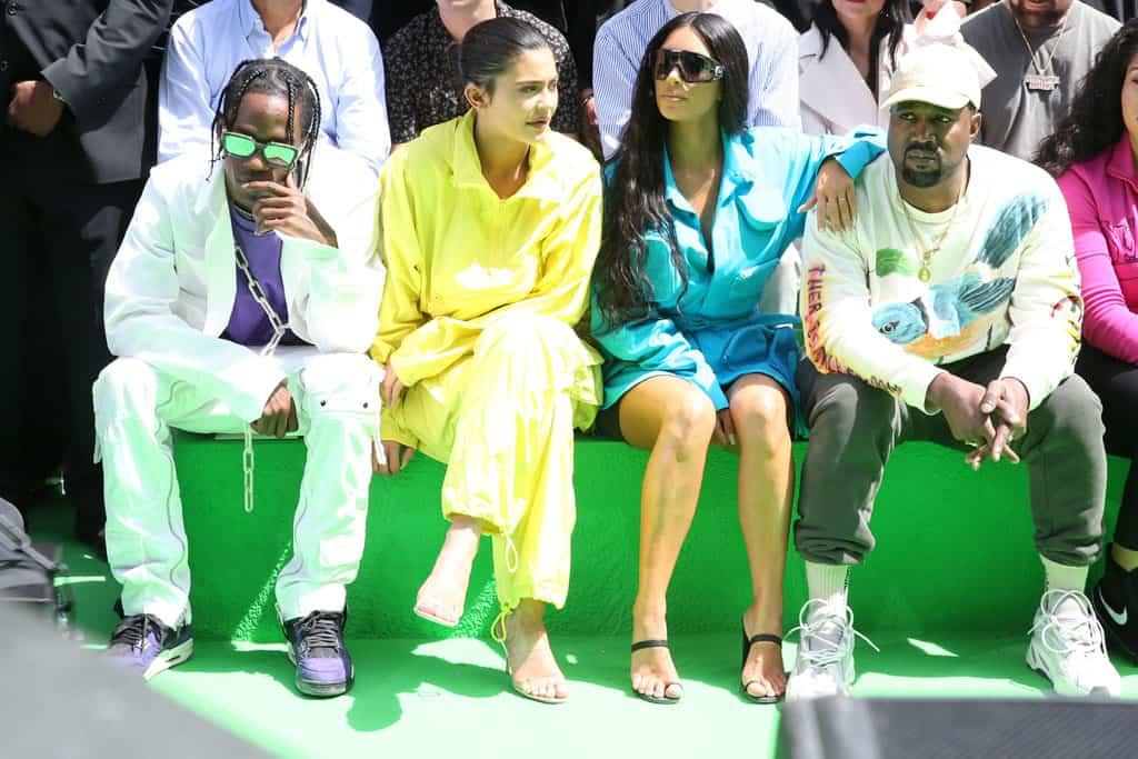 Travis Scott, Kylie Jenner, Kim Kardashian, Kanye West תצוגת אופנה לואי ויטון גברים 2018-2019 קרדיט צילום סאסקיה לאואקס