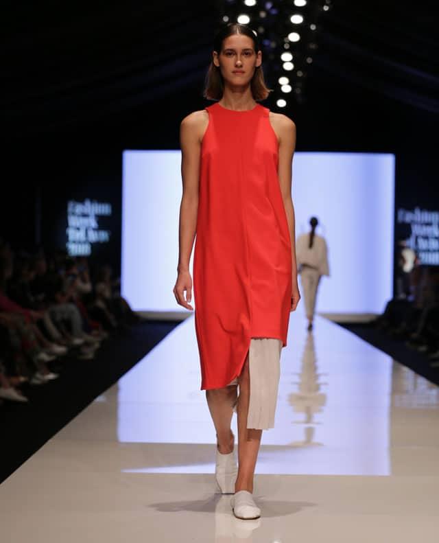 שבוע האופנה תל אביב. עדי בנג'ו. צילום: אבי ולדמן -