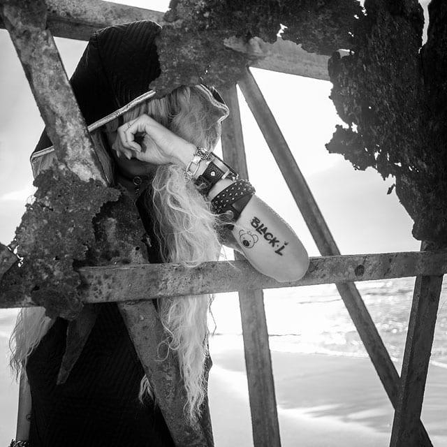 בצילום: קולקציית Black-L. של מעצבת האופנה לילך עוזי אהרוני. צילום: קרן שאוס10