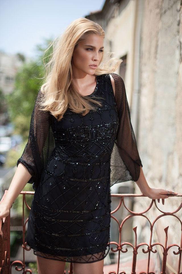 השמלה השחורה והנכונה לסילבסטר-30
