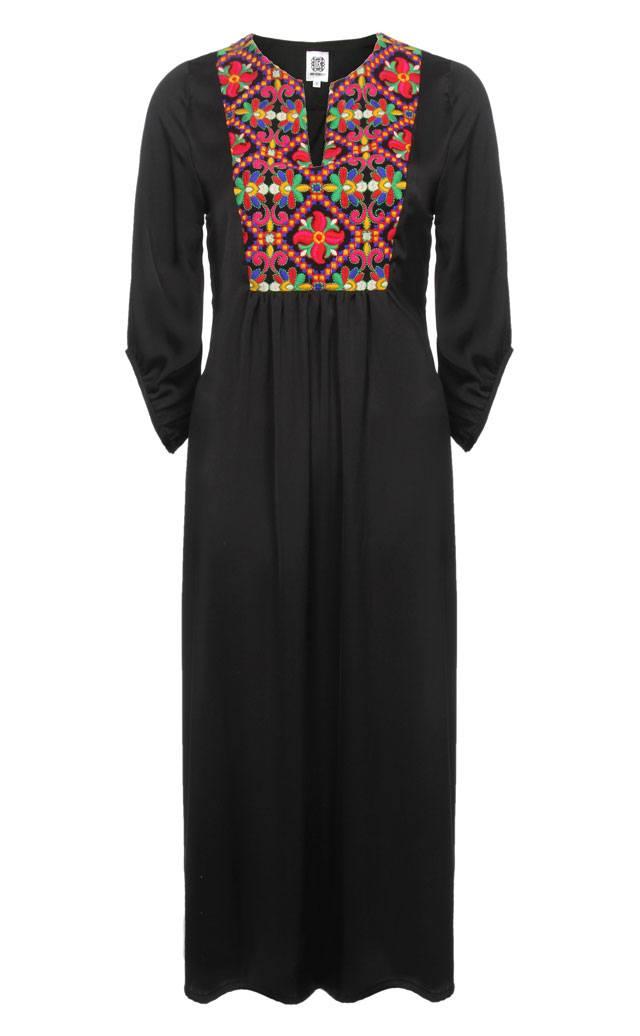 השמלה השחורה והנכונה לסילבסטר-40