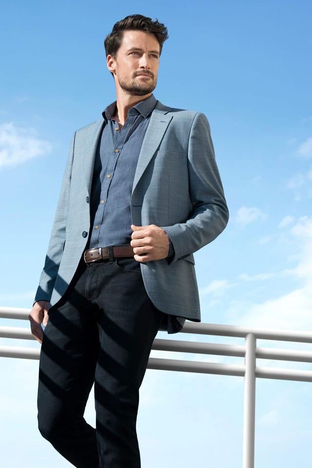 חליפת חתן של פולגת. צילום: עידו לביא, אתר אופנה, EFIFO, 2