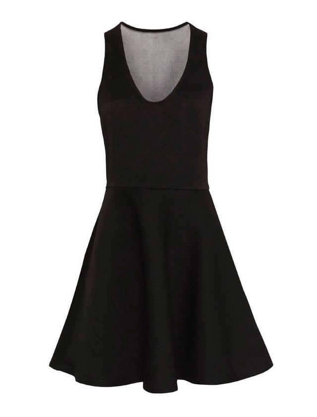 השמלה השחורה והנכונה לסילבסטר-11