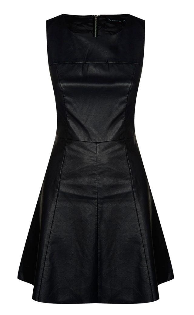 השמלה השחורה והנכונה לסילבסטר-32