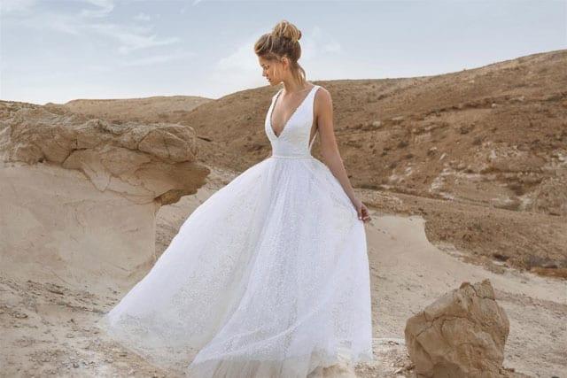 שמלת כלה של רן צוריאל ביריד כלות חכמות. EFIFO אתר אופנה, צילום גיא כושי ויריב פיין