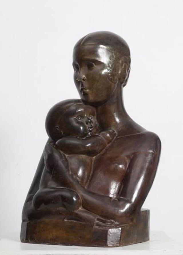 חנה אורלוף, ״אם וילד״. עבודה מתוך התערוכה: ״חנה אורלוף - פיסול פמיניסטי בישראל״ במוזיאון מאנה-כץ-מוזיאוני חיפה