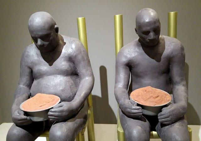 """שיח גלריה בתערוכת הפיסול הגדולה של עפרה צימבליסטה - """"המופע הגדול"""" - במוזיאון הפתוח בגן התעשייה תפן-2"""