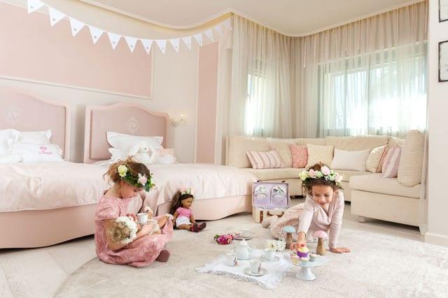 בצילום: חגית סער. קולקציית מסיבת גן. תערוכת רהיטי ילדים בקניון רמת אביב. צילום: יח״צ - 1