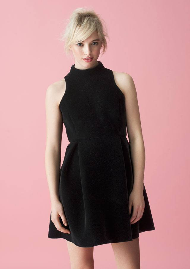 השמלה השחורה והנכונה לסילבסטר-43