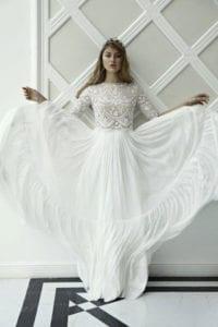 בתמונה: שמלת כלה שליסכה זיסקינד.צילום טל עבודי, סטיילינג: שיראל אברהמי, איפור ושיער: שי הללי זיו