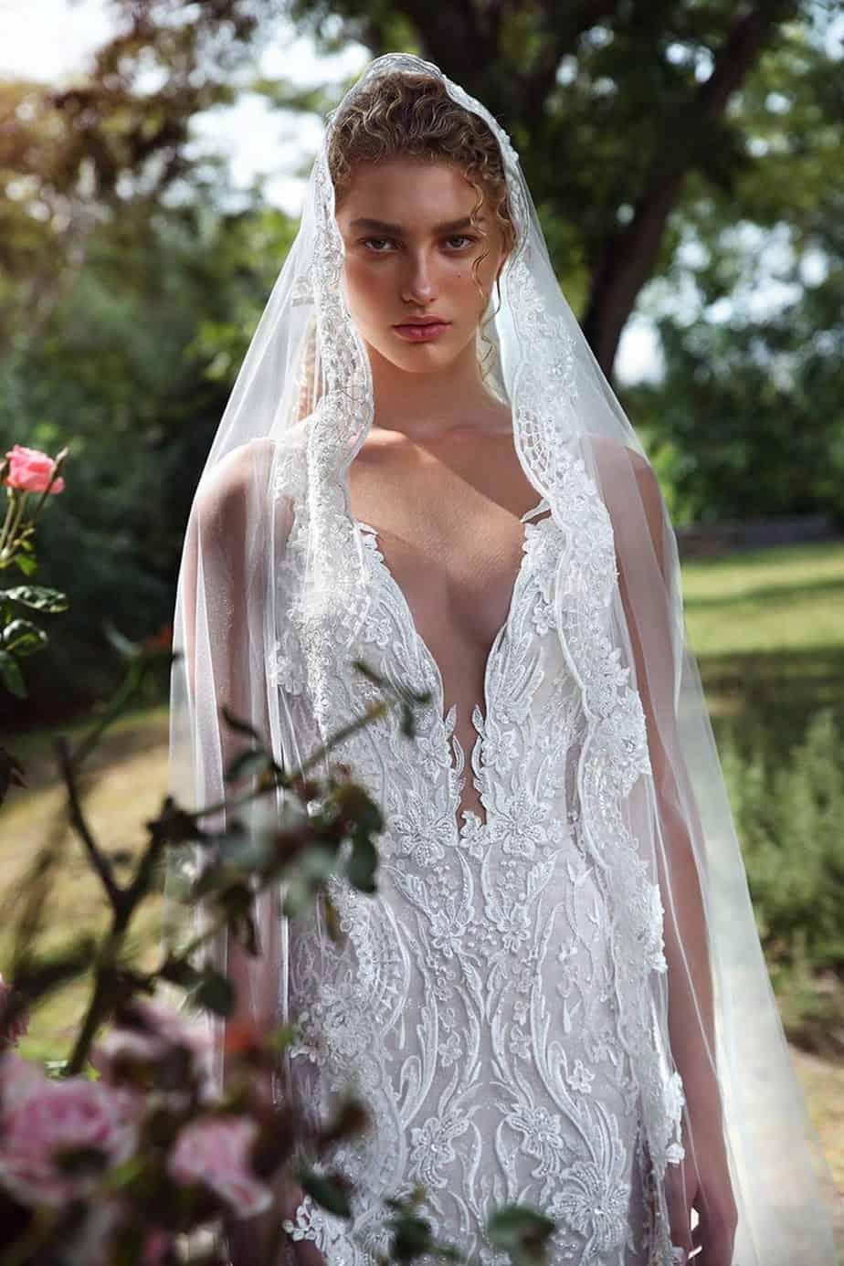 דורית ריבליס, גליה להב שמלות כלה, קולקצית גאלה חורף 19 צילום איל נבו (19)