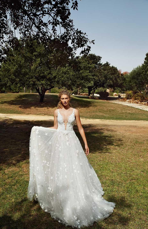 דורית ריבליס, גליה להב שמלות כלה, קולקצית גאלה חורף 19 צילום איל נבו (9)