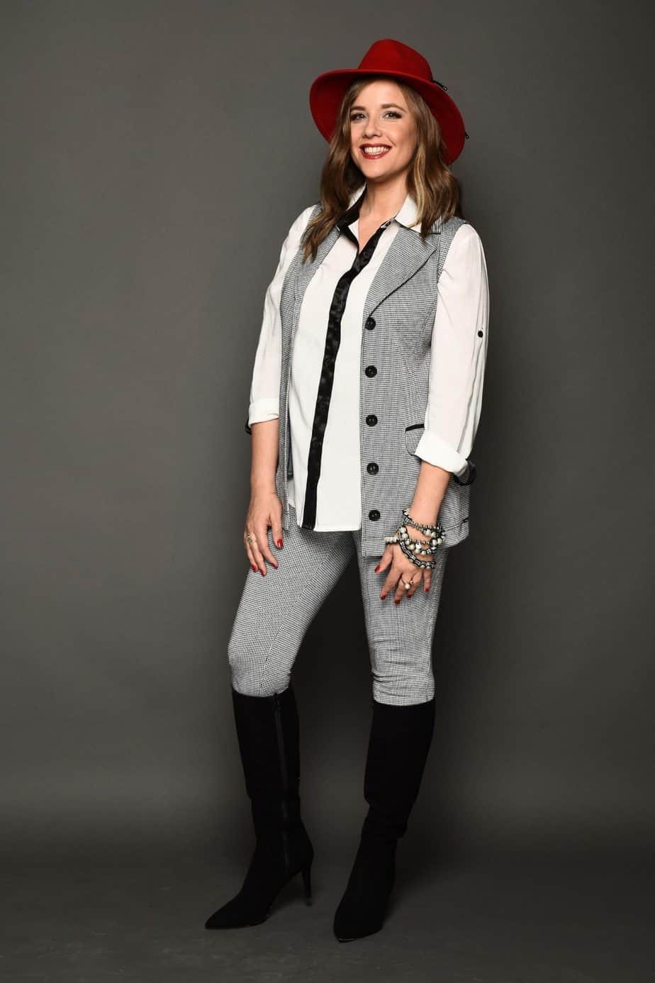פאולה רוזנברג, רעומה ווסט מישבצת חולצה אתנית מכנסיים מחטב משבצת, צילום צחי וזאנה