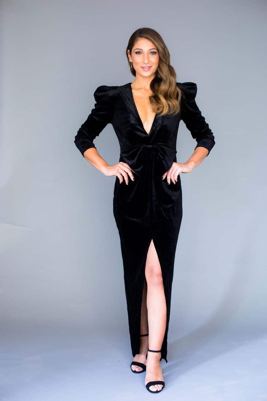 Oscar velvet dress 579שח לאמה רו כצנלסון 61 גבעתיים דוגמנית נגה ברנס צילום אפרת ציון black