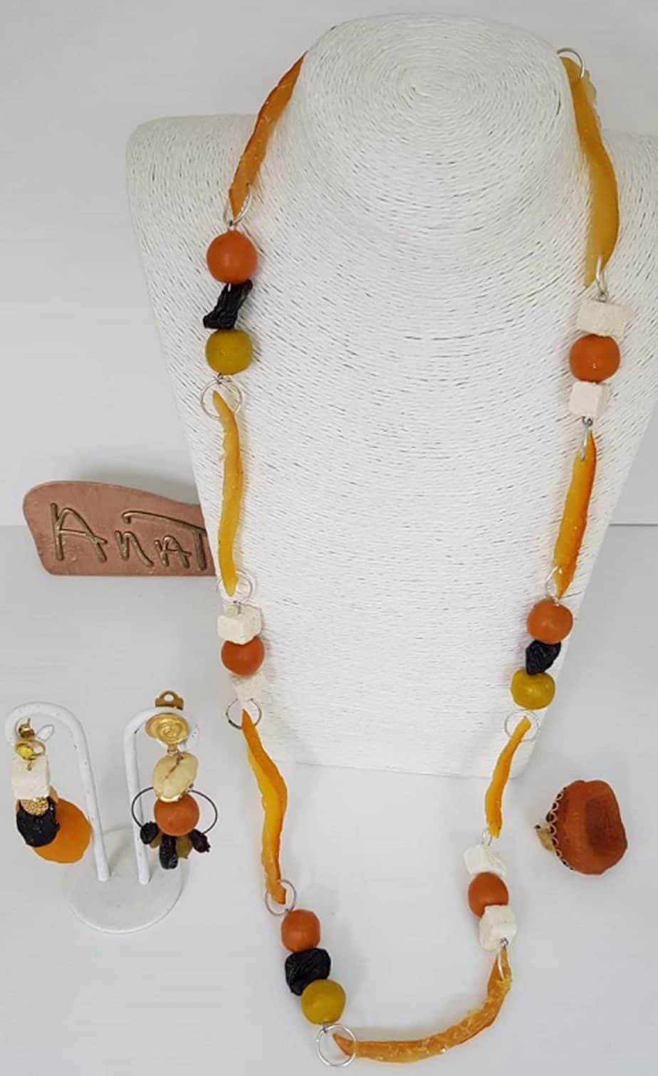 קולקצית תכשיטי פירות לטו בשבט של המעצבת ענת פרץ-מנגו דובדבנים-צילום יחצ