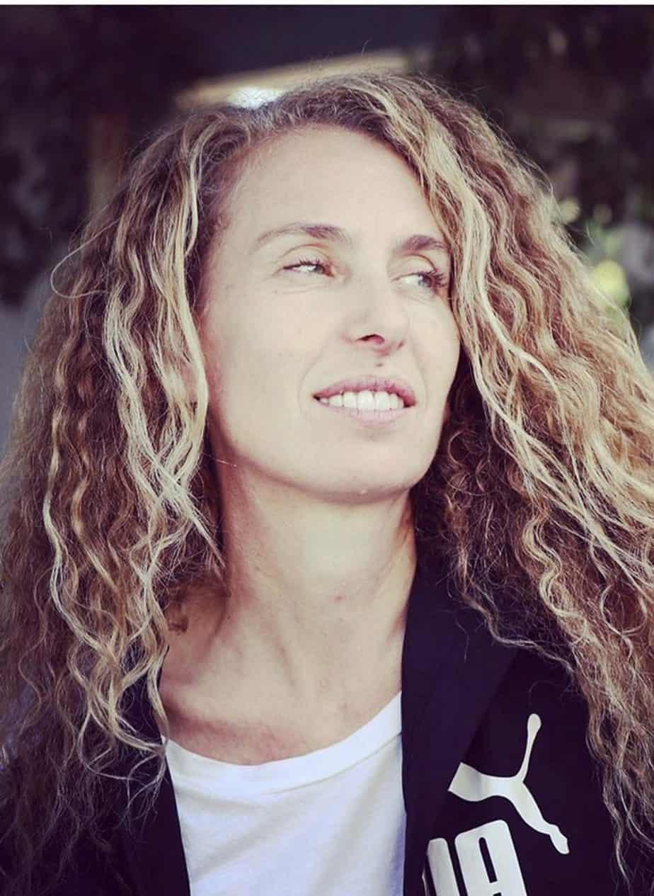 ענבל רוזנטל. איפור, שיער וצילום״ שירי שמשה, סטיילינג: ענבל רוזנטל