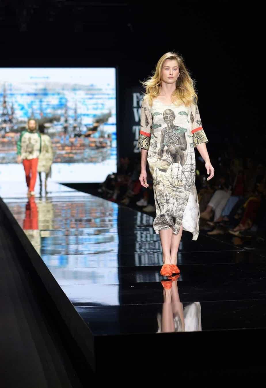 לארה רוסנובסקי, שבוע האופנה תל אביב 2019, צילום סרג'ו סטרודובצב - 11