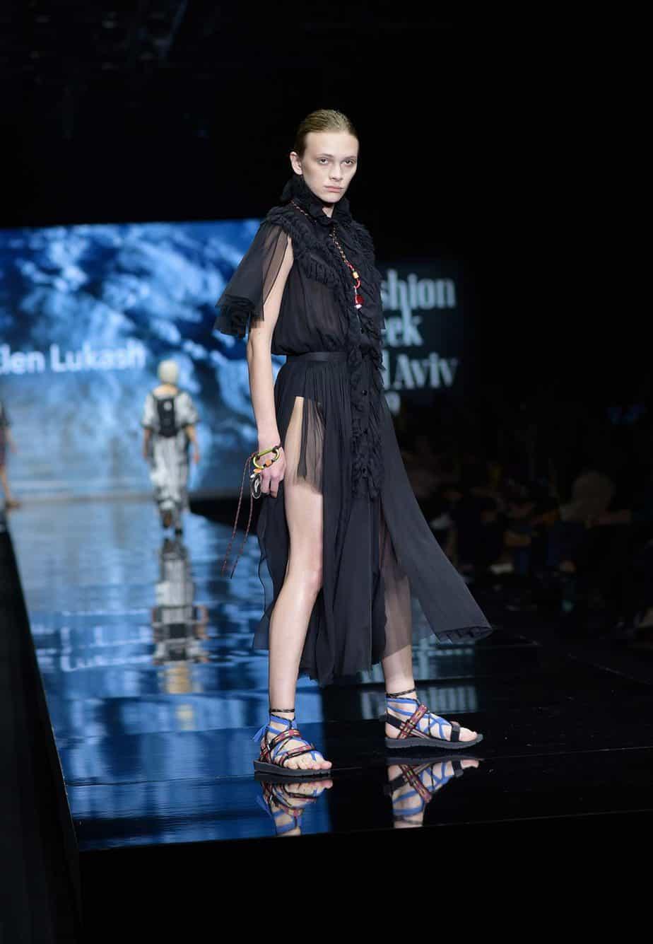 שורש. שבוע האופנה תל אביב 2019, צילום סרגו סטרודובצב - 12
