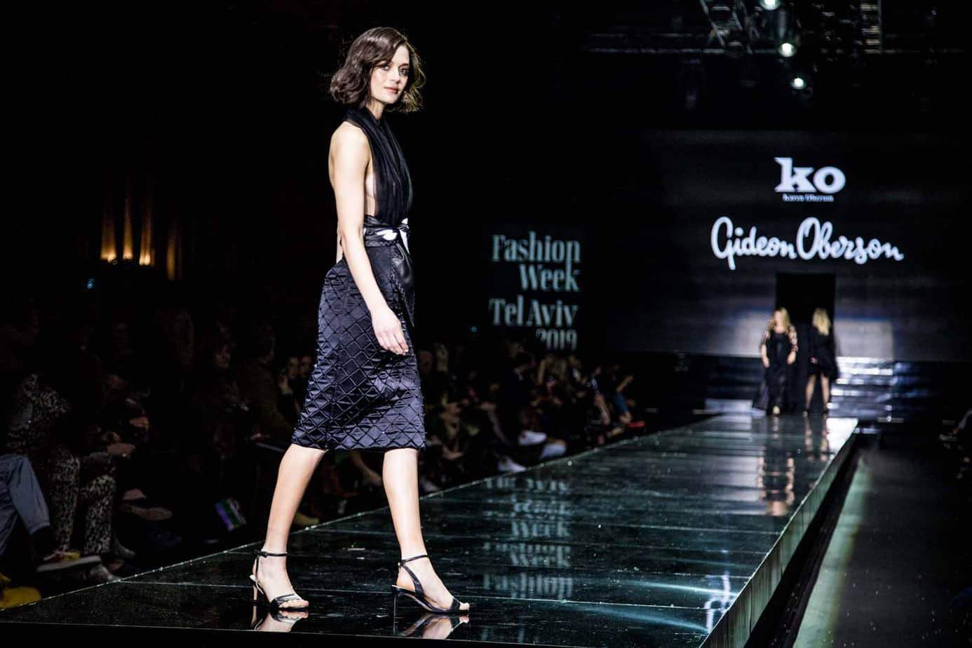 גדעון אוברזון. שבוע האופנה תל אביב 2019. צילום: אלכס פרגמנט325