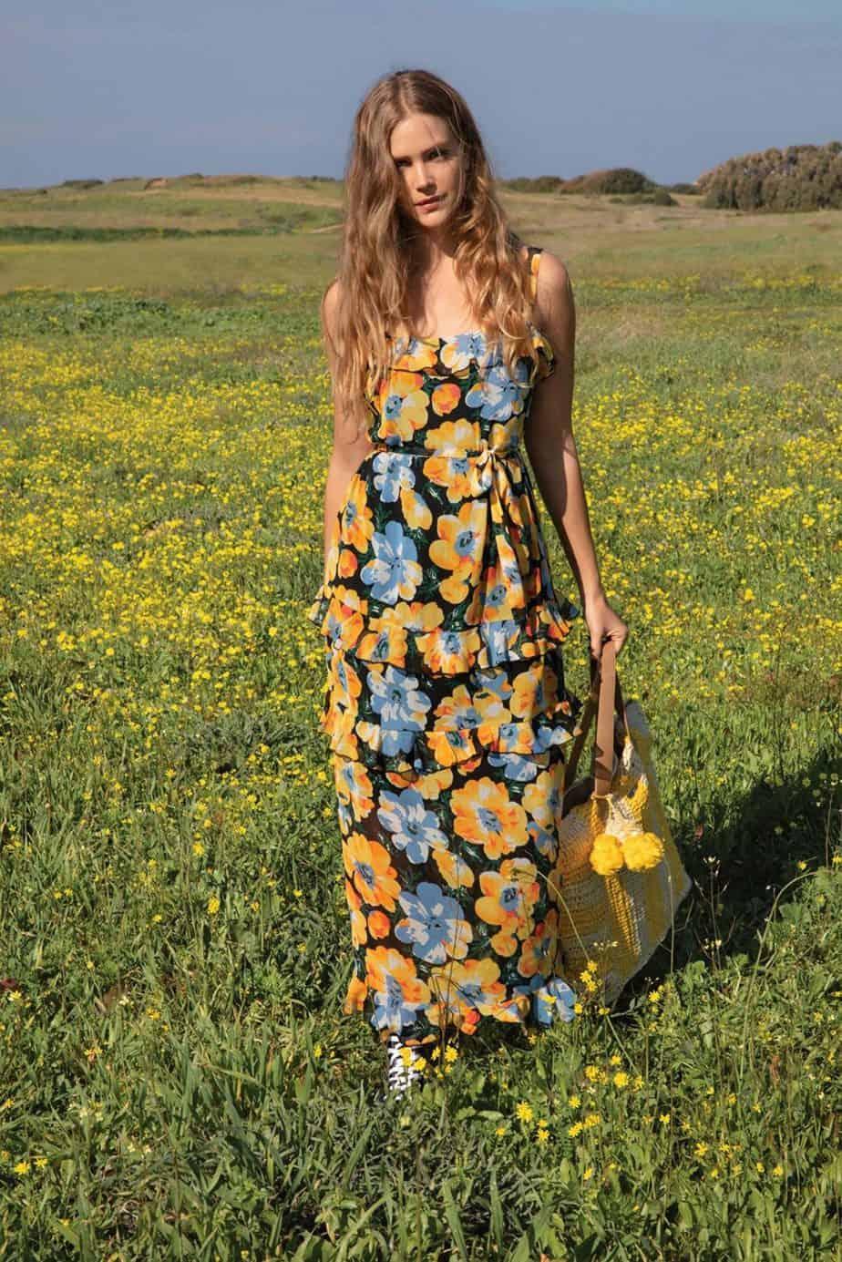 אסתי גינזבורג, גולברי שמלה 399.90 שח תיק 99.90 שח צילום יניב אדרי (1) (Custom) (Custom)