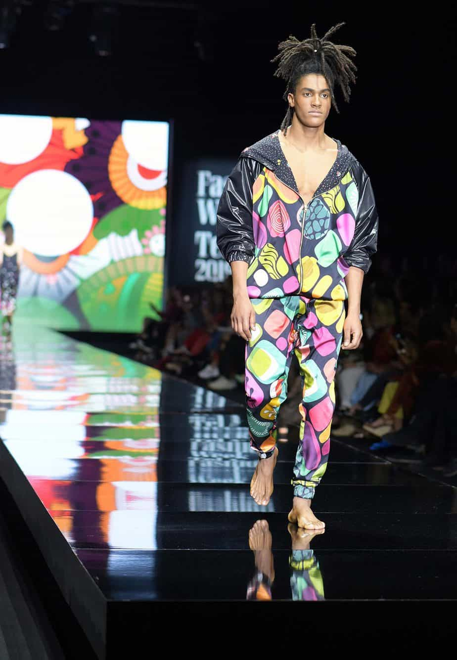 לארה רוסנובסקי, שבוע האופנה תל אביב 2019, צילום סרג'ו סטרודובצב - 5