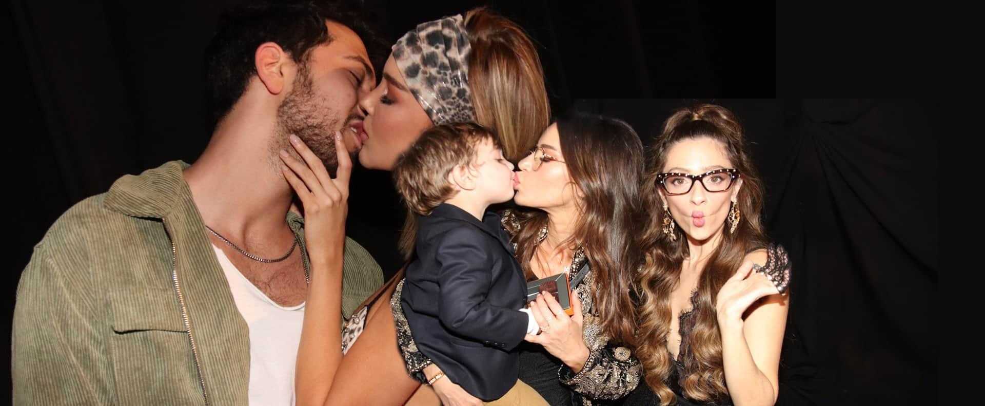 שפיטה, נטלי דדון, מריה דומרק מתנשקת עם רועי קורנבלום, רינקיני. שבוע האופנה תל אביב 2019, צילום אור גפן