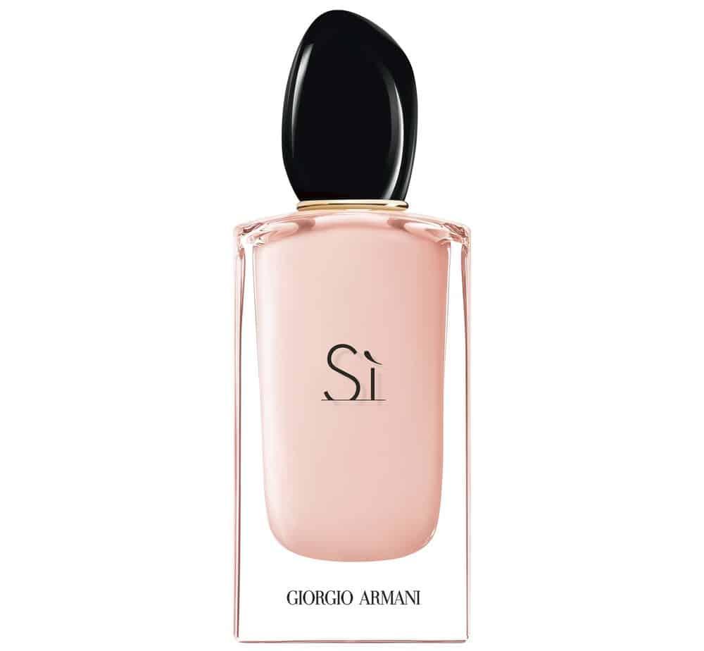 בושם לאישה Sì Eau de Parfum Fiori. ג׳ורג׳יו ארמני. צילום: יח״צ חו״ל