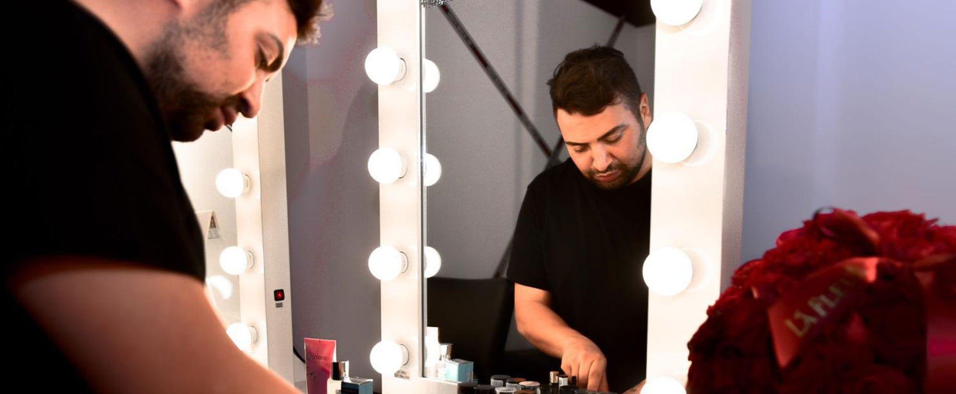 אירוויזיון 2019, גילי אלגבי המאפר הראשי של האירוויזיון מטעם רבלון צילום צילום Danial Anduriel - 51