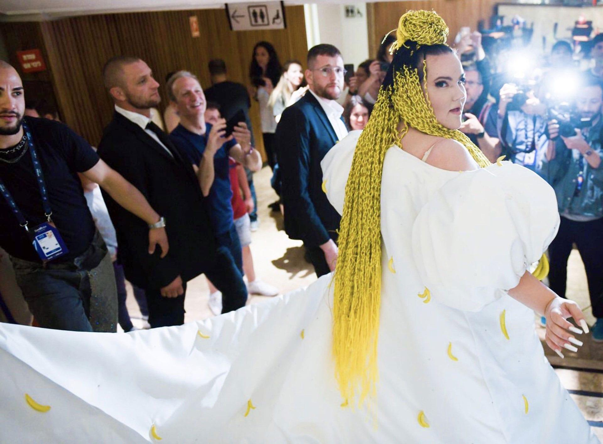 נטע ברזילי, צילום ערן לוי, עיצוב שמלה BOOBA MACHO - קארין וסילוק