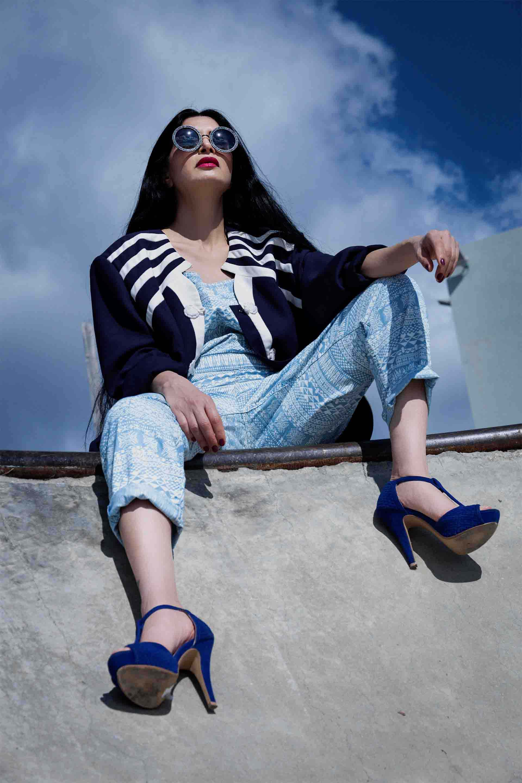 אוברול , עליונית אוברסייז כחול נייבי, Fashion, fashion magazine, fashion week, fashion articles, fashionisrael, fashion Israel, אופנה, מגזין אופנה, שבוע אופנה, כתבות אופנה, חדשות אופנה