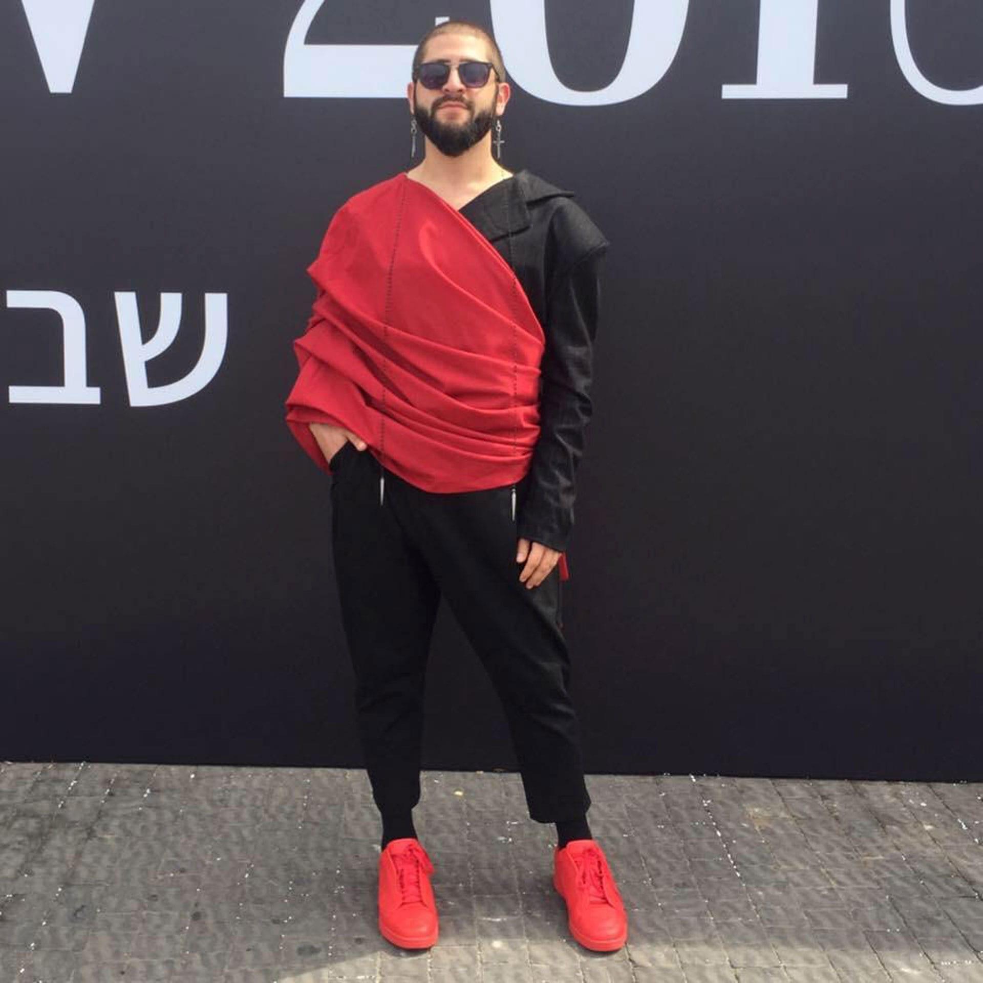 ג׳ורג׳ נאסר, מעצב אופנה - 31