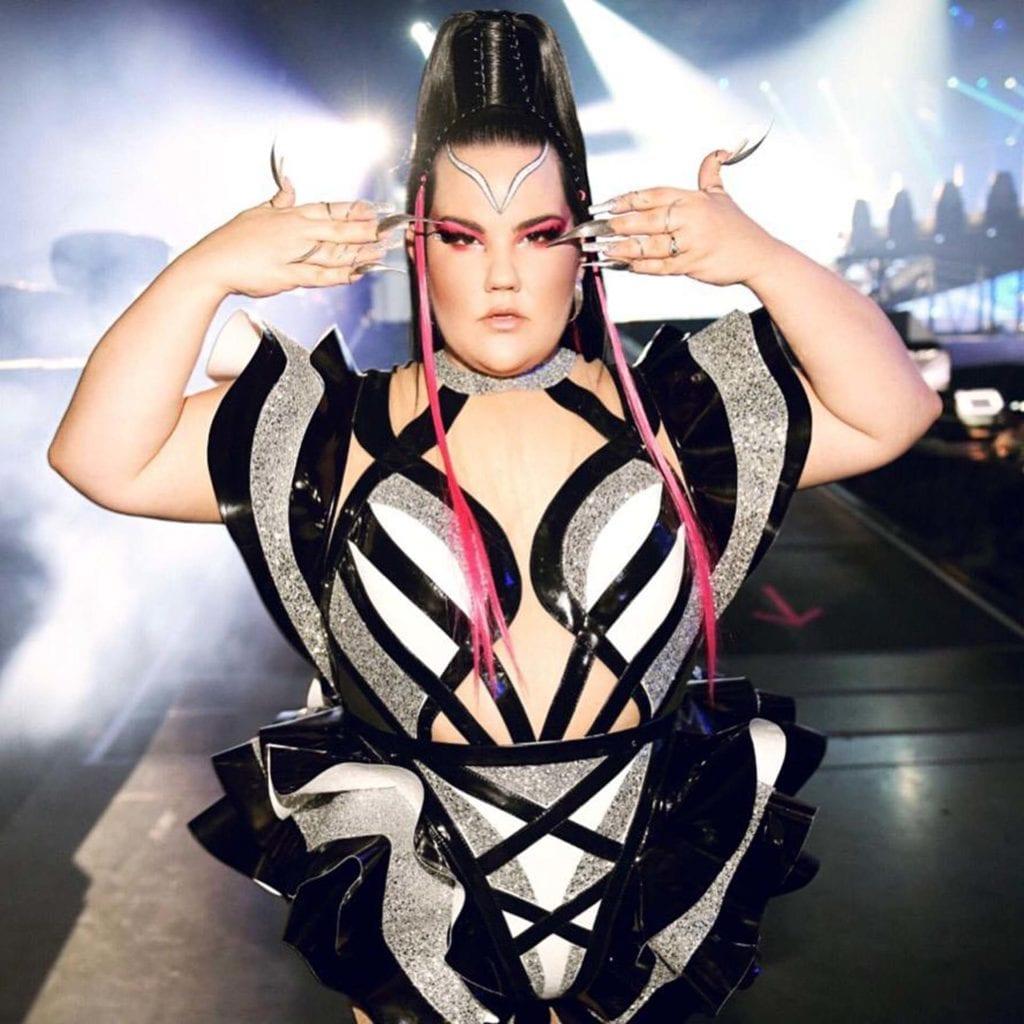 נטע ברזילי בשמלה של אלון ליבנה באירוויזיון 2019, צילום ערן לוי - 25