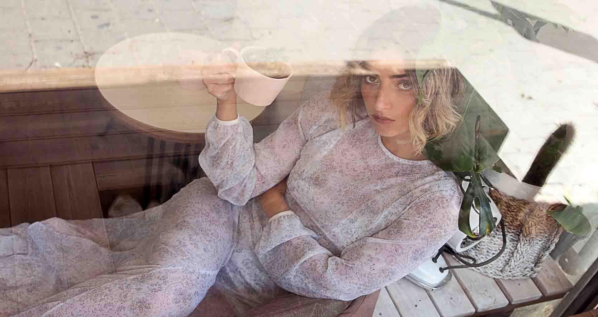 שמלה: נו זוהר ברמי, צילום: סתיו הוכמן, סטיילינג: אמלי לב, איפור: זארו גנדור, דוגמנית: אני קילדזה-3