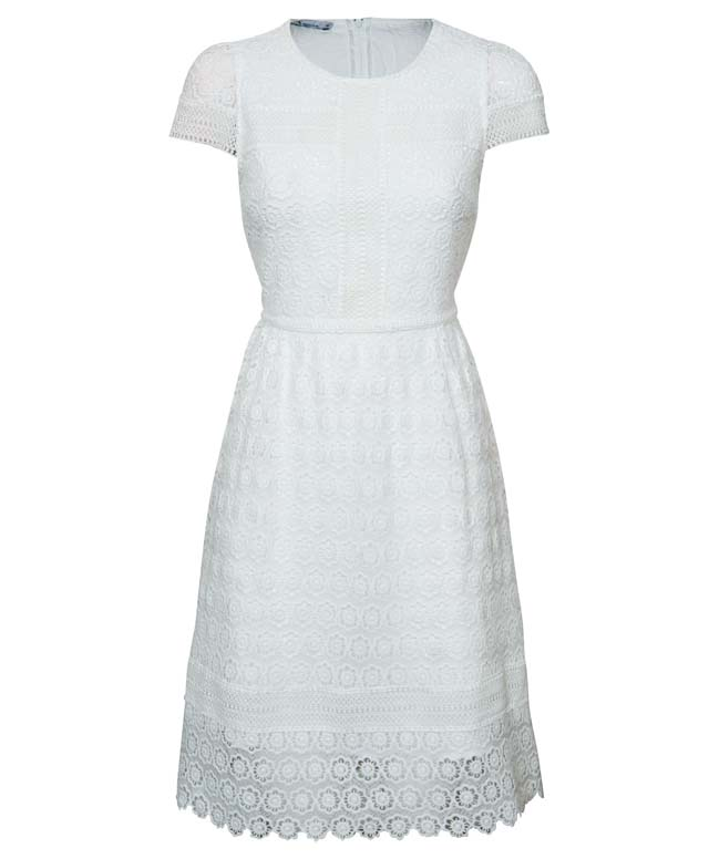 שמלה לבנה של רנואר אביב קיץ 2019 229.90שח צילום אלעד חיזקי
