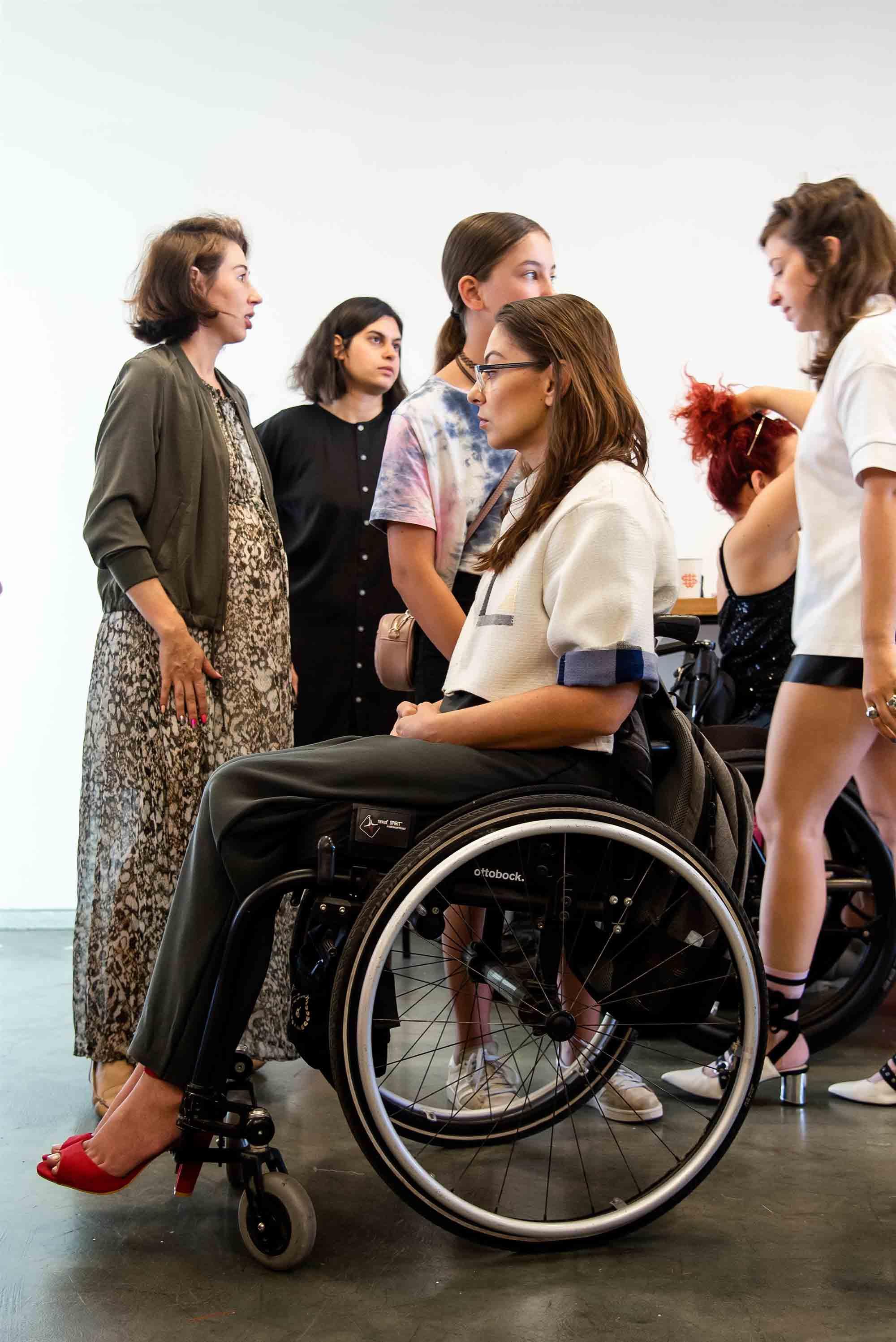 רוגבי כסאות גלגלים: דיאנה שריר. שנקר: קארין קרוצ'י ויובל בר, עיצוב אופנה