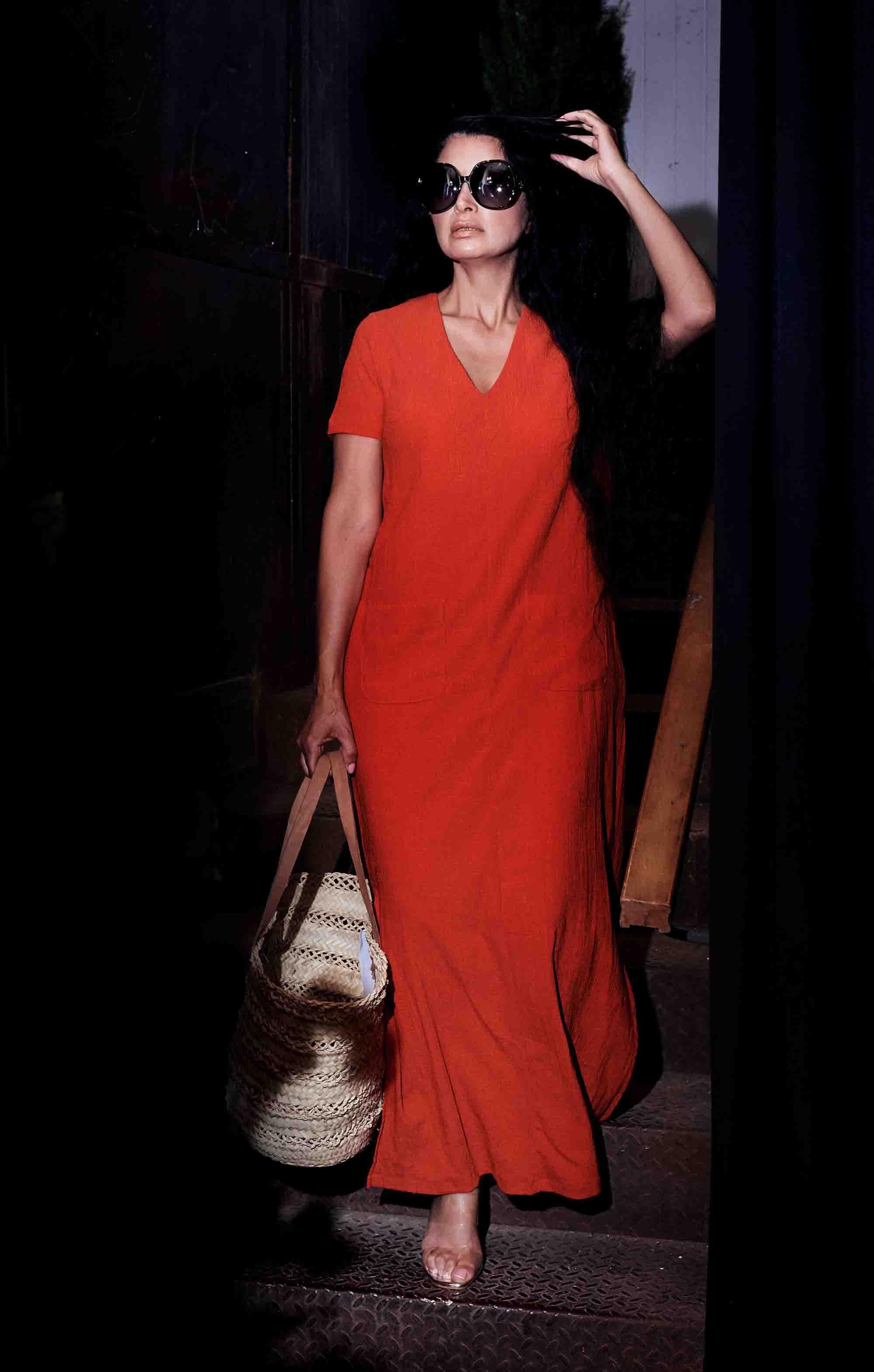 אופנה, חדשות אופנה, כתבות אופנה, שמלת לינדה אדומה, סל יבוא אישי ממרוקו- קרן שביט צילום kim kandler