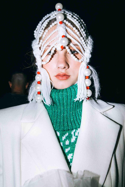 אופנה, חדשות אופנה, כתבות אפנה, שנקר 2019, צילום עדי סגל, רותם שאול , Backstage_at_Shenkar_fashion_show_2019._Photo_Adi_Segal_-_Rotem_Shaul_collection_(3) - 4