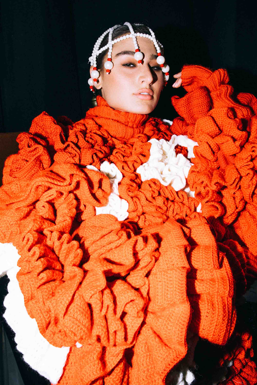 אופנה, חדשות אופנה, כתבות אפנה, שנקר 2019, צילום עדי סגל, רותם שאול , Backstage_at_Shenkar_fashion_show_2019._Photo_Adi_Segal_-_Rotem_Shaul_collection_(3) - 2