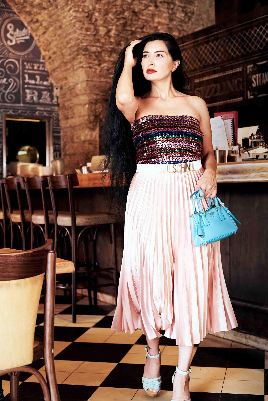 מגזין אופנה, תיק PRADA סטיילינג סאלי שוק הפשפשים