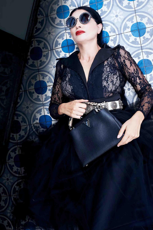 אופנה, תיק versace סטיילינג סאלי שוק הפשפשים צילום Kim kandler