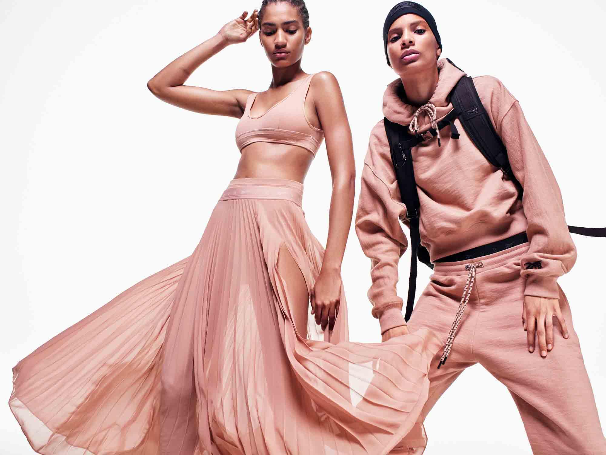 ויקטוריה בקהאם ו REEBOK - מגזין אופנה - Fashion Israel - אופנה 2021