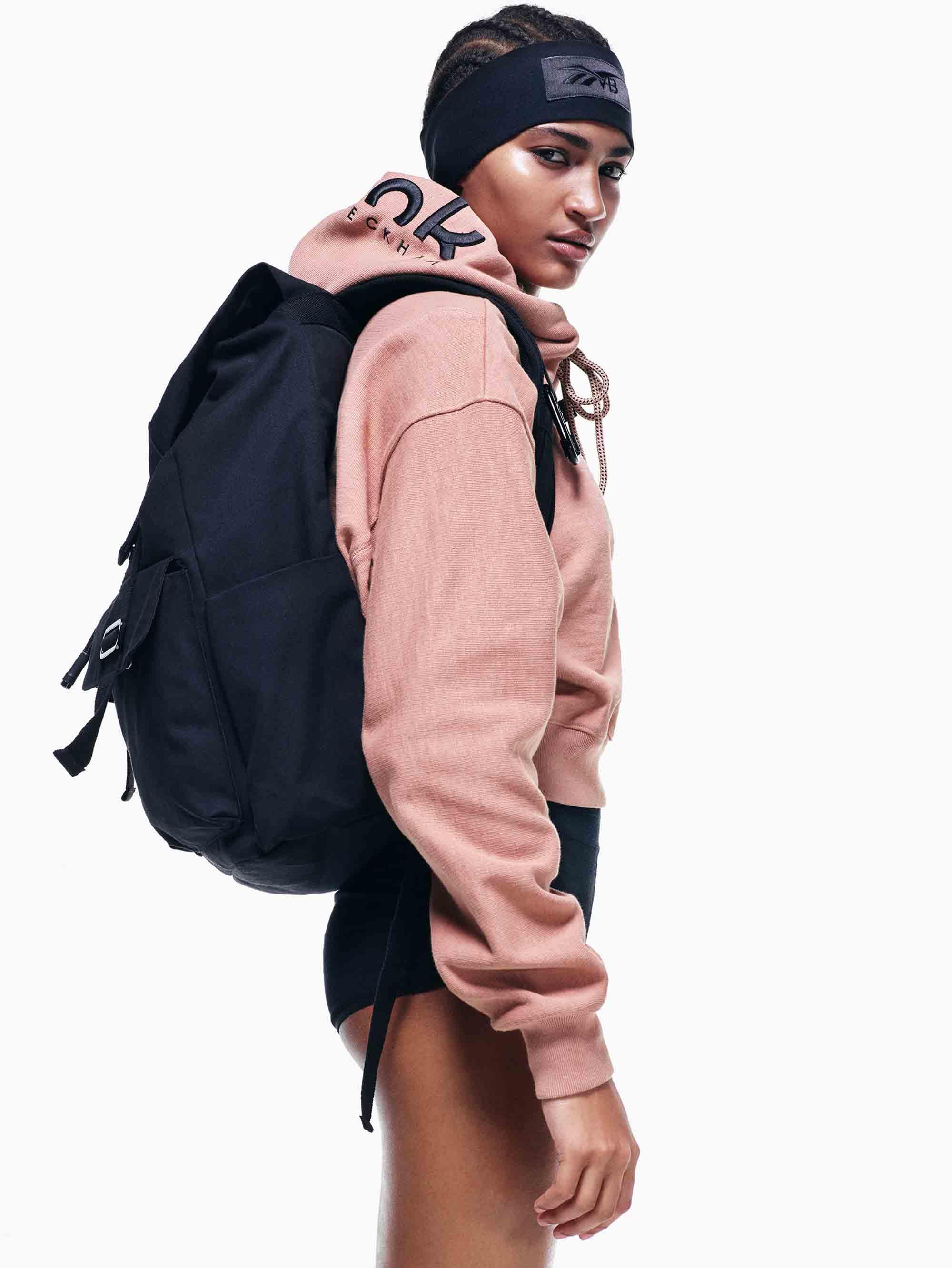 ויקטוריה בקהאם ו REEBOK - מגזין אופנה - Fashion Israel - קולרציית אופנה