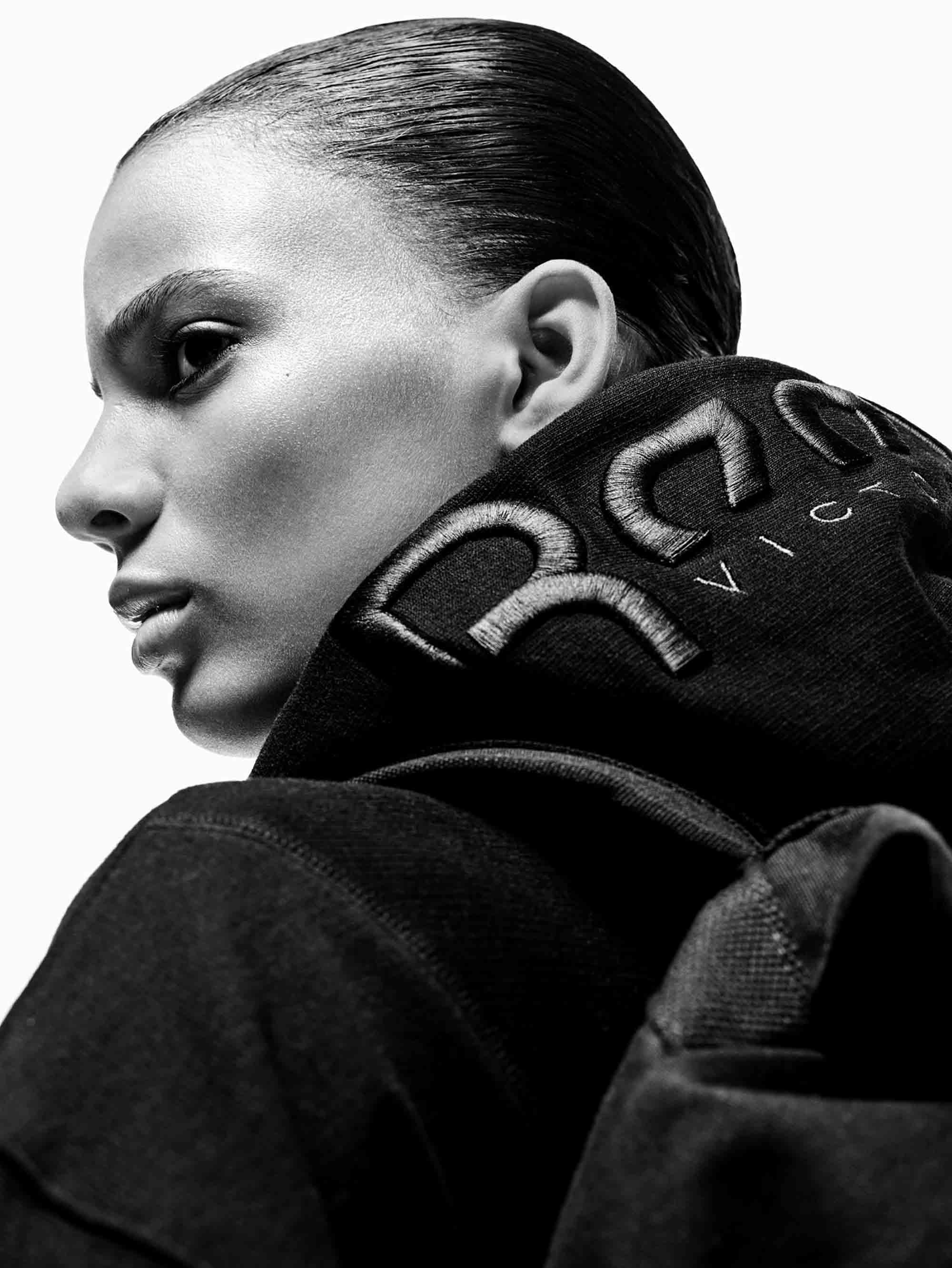 ויקטוריה בקהאם ו REEBOK - מגזין אופנה - Fashion Israel - כתבות אופנה