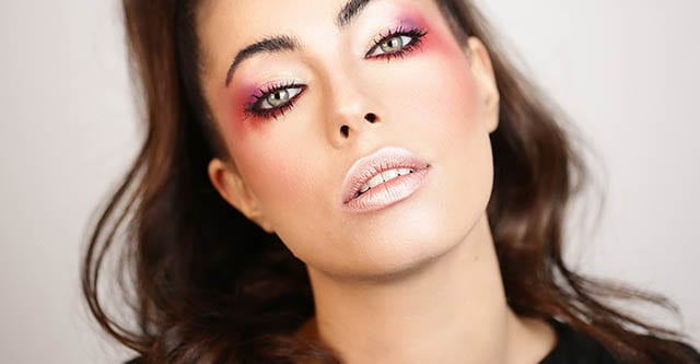 Fashion Israel - 2020 חדשות אופנה, כתבות אופנה 2020, טרנדים, מגזין אופנה, אופנה - עיניים אדומות לרווחה , איפור ירין שחף, צילום טלי אלחדד