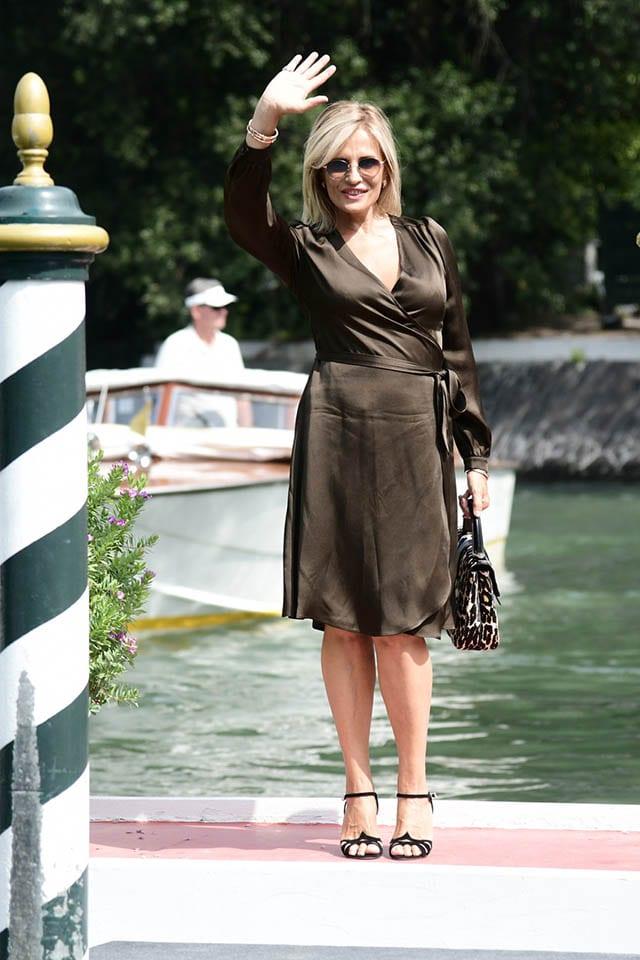 השחקנית איזבלה פרארי בשמלה של מנילה גרייס לרשת האופנה סיליז צילום יחצ חול מאושר לשימוש (2)Fashion Israel - חדשות אופנה, כתבות אופנה, טרנדים, מגזין אופנה, אופנה -