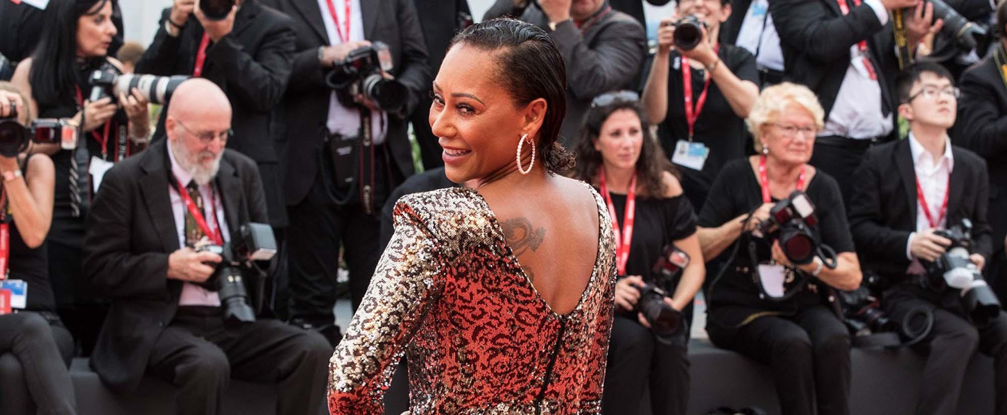מלאני בי בפסטיבל הסרטים בוונציה בשמלה של מנילה גרייס לרשת האופנה סיליז צילום יחצ חול מאושר לשימוש (1)Fashion Israel - חדשות אופנה, כתבות אופנה, טרנדים, מגזין אופנה, אופנה -