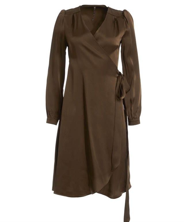 שמלה של מנילה גרייס לרשת האופנה סיליז 1,590שח צילום יחצ (2)Fashion Israel - חדשות אופנה, כתבות אופנה, טרנדים, מגזין אופנה, אופנה -