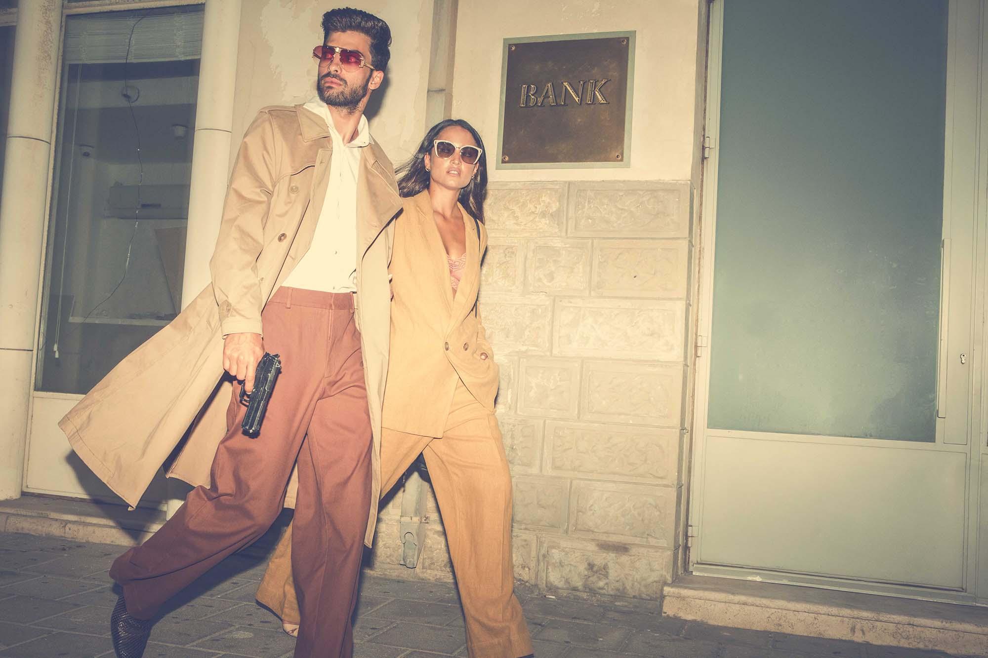 יובל - חולצה: H&M, מכנסיים Cos, ג׳ק:ט ונעליים: zara, משקפיים: יובל משקפיים: Celine. שאניה - חליפה: H&M, נעליים: mango, משקפיים: Prada -סטיילינג: אייל חג'בי, צילום: ניל כהן - בית ספר לצילום, רון קדמי, דוגמנים: יובל ביטון - סוכנות ״אלינור שחר״, שאניה הדר - סוכנות Passion Management, איפור: דלית לוי, עיצוב שיער: מירב אבן צור